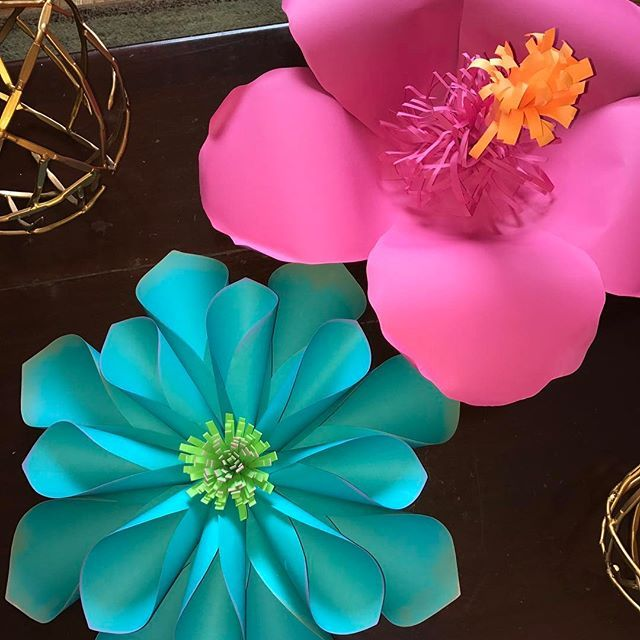 Aloha!  How fabulous will this Moana set be! #Paperflowers #realflowersintopaper #diy #moana #hawaiian #firstbirthday #colorful #vibrantcolors #orderyours #costumized #inlove