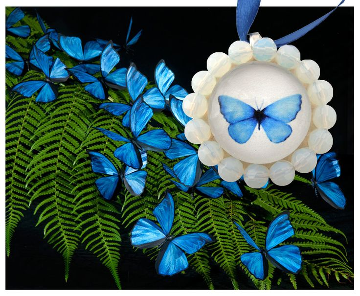 Blue butterfly - glass pendant with beads