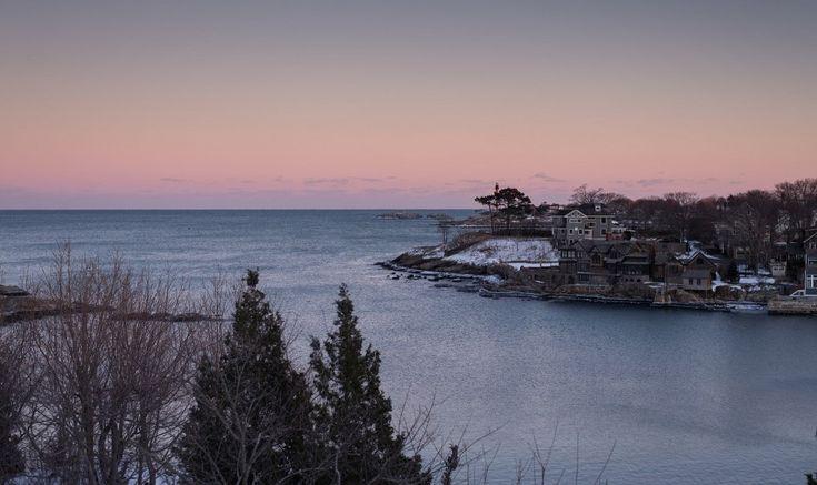 Mansion on Marblehead Shoreline   © MassMatt / Flickr