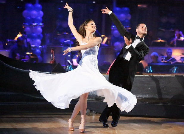 Dancing with the stars zendaya and Val