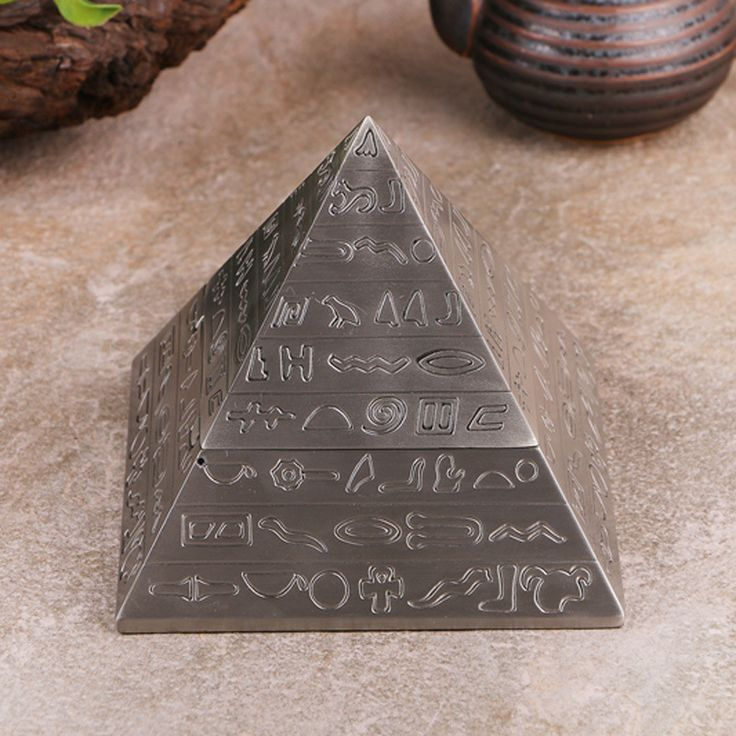 Egyptian Pyramid Totem Cigar Ashtrays Ancient Egyptian Decorations Vintage Metal Carving Ashtray Gift