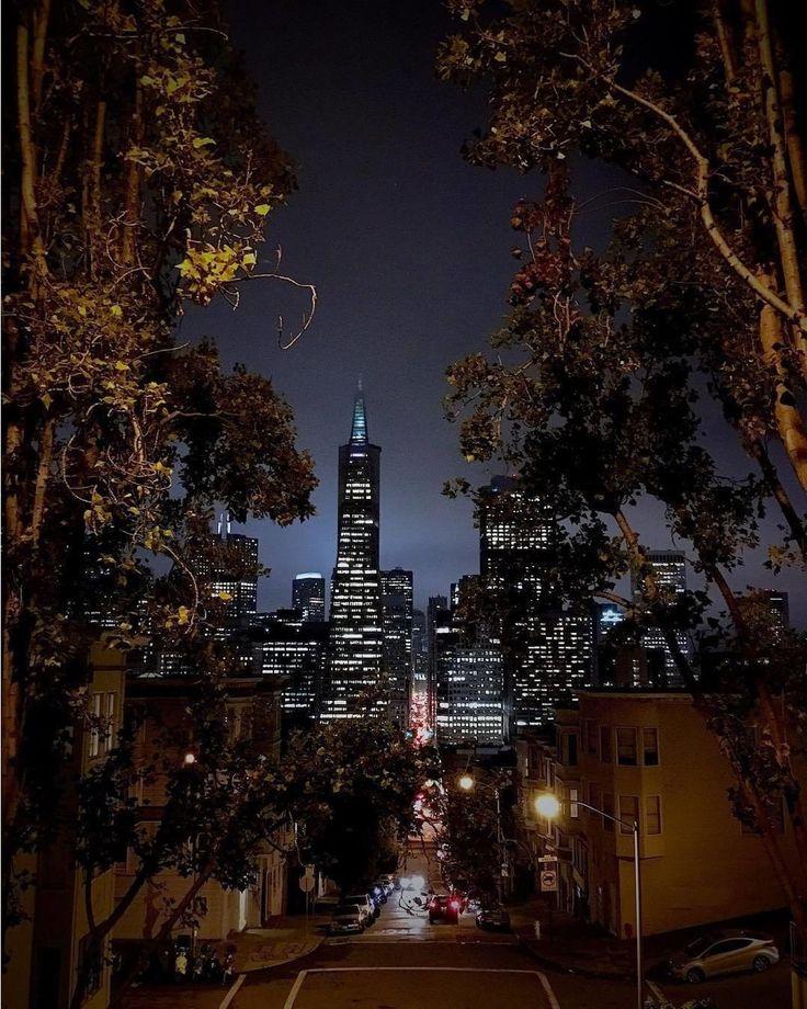 Just another SF kinda evening. Looking delightful as always #sanfrancisco #sf #bayarea #alwayssf #goldengatebridge #goldengate #alcatraz #california