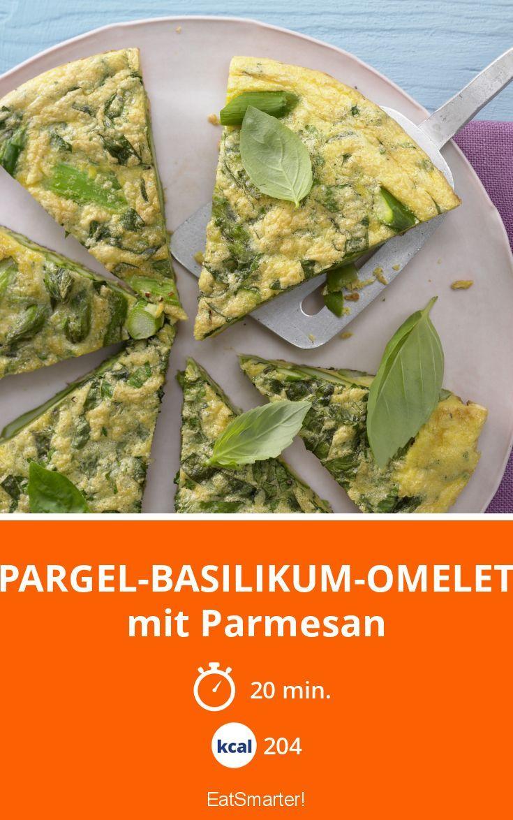 Spargel-Basilikum-Omelett - mit Parmesan - smarter - Kalorien: 204 Kcal - Zeit: 20 Min. | eatsmarter.de