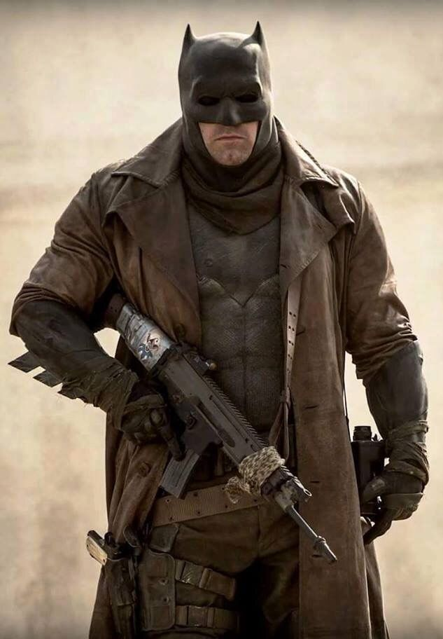 Dream Sequence batman for BvS:DOJ... Notice the card taped to the gun stock...awesome