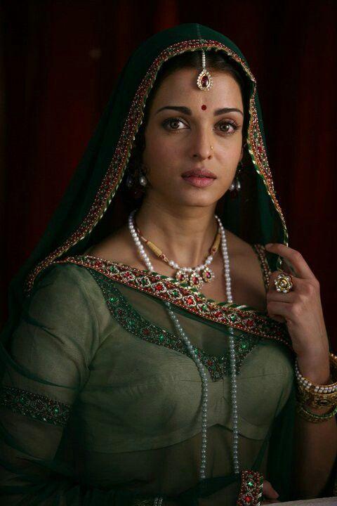 Amazing Aishwarya