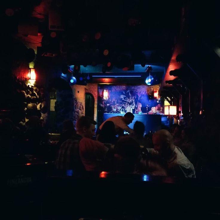 Takie szkolenia to ja mogę mieć codziennie. #tutu #vodka #barman #bar #jazz