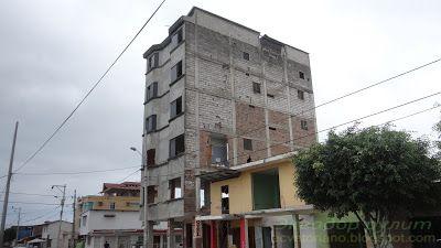 Гостиница пострадавшая после землетрясения 2016 года в Педерналесе Эквадор