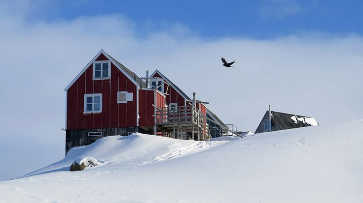 EAST GREENLAND # Tasiilaq # Houses # Photo by Ulrike Fischer
