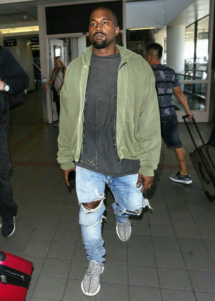 low priced 22e51 c5759 Kanye West Fashion, Kanye West Outfits, Kanye West Style, Streetwear  Fashion, Yeezy