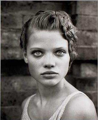 Vogue IT - Attractiveness - Melanie Thierry - Mar 1998