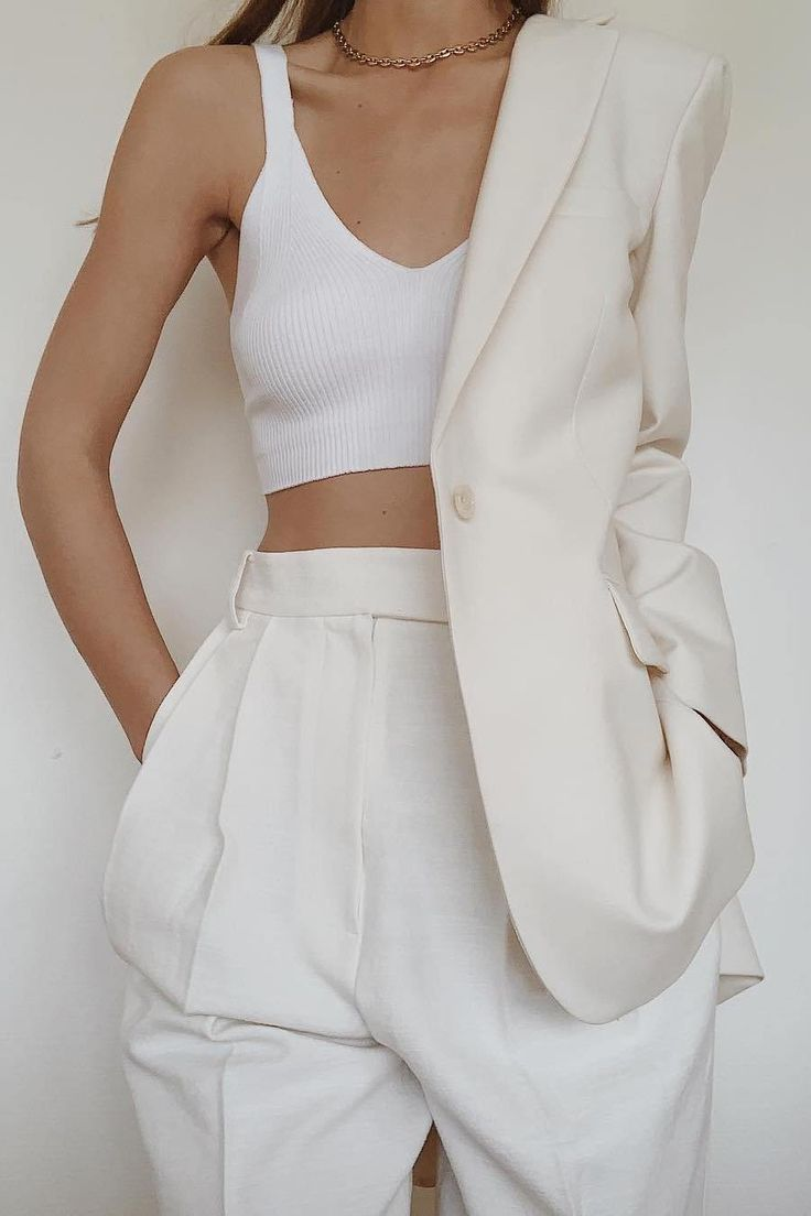 How To Wear White High Waisted Pleated Pants This Summer – M
