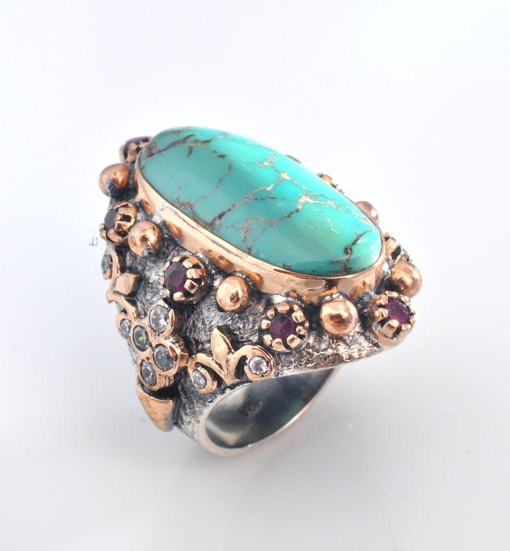Inel din argint 925 lucrat manual cu pietre semipretioase: turcuaz de arizona, rubin, zircon. http://www.sultanabijoux.com/urundetay.php?urunID=885&grupID=4&inel-argint-antichizat