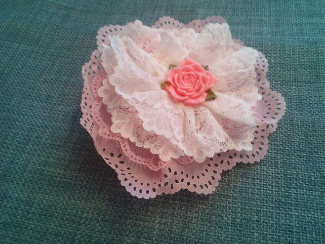 Pink Lace Corsage, Flower Brooch, Shabby Chic Gem,  Ladies Fabric Jewellery,  £4.00