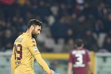 "11 mentions J'aime, 1 commentaires - Salvatore Sirigu (FC) (@siriguzinho_30) sur Instagram: """" Siriguuuu..... Torino x Bologna.... Vamo-los Toros.... "" ❤️❤️😍😍😃😃😃😂"""