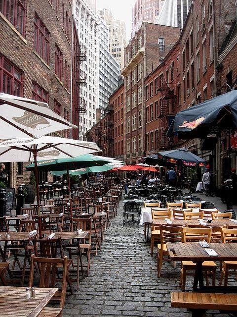 New York Lovers    Stone Street, Lower Manhattan, NYC