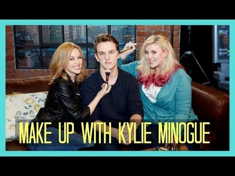 Sprinkle of Glitter plays make up games with Kylie Minogue.