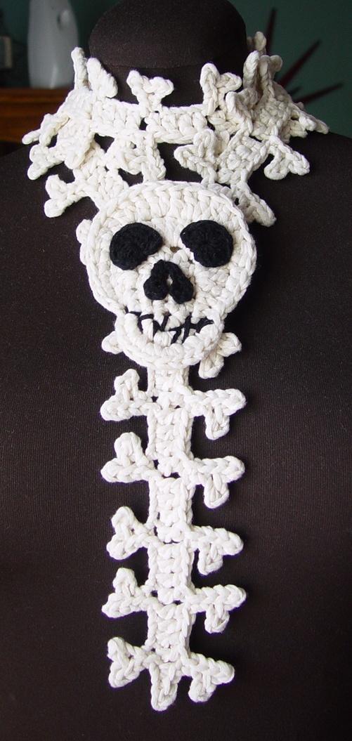 crochet scarf skull
