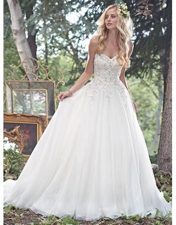 A-linie Elegante Dramatische Brautkleider aus Softnetz mit Stickerei