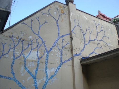 Draw a trunk and stencil branches? Opiemme, Climbing Words, Fractal Plant WTC FACTORY street art