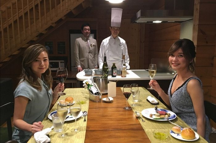 (左から)伊藤千晃、宇野実彩子/画像提供:TBS