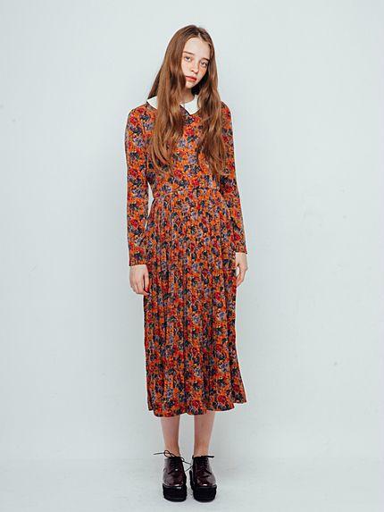 映画に出てきそうな少女♡レトロ襟付きプリーツワンピース。レトロガールタイプのコーデ☆ 参考にしたいスタイル・ファッションのアイデア