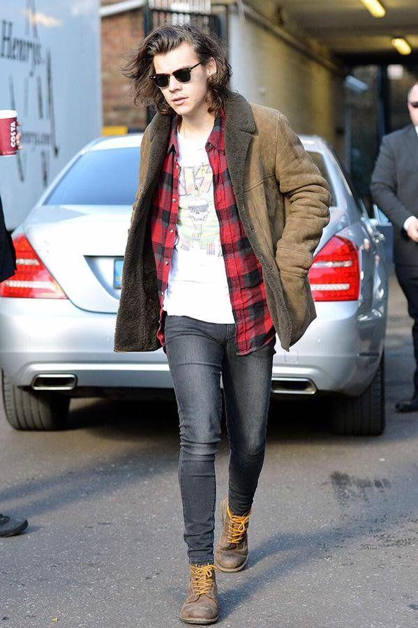 Macho Moda - Blog de Moda Masculina: 10 Looks do Artista com Harry Styles #PraInspirar