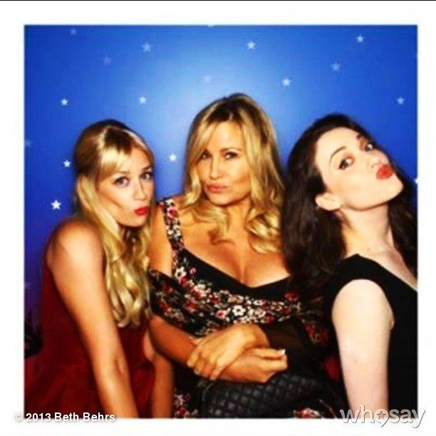 2 broke girls <3 Kat Dennings,Jennifer Coolidge,Beth Behrs