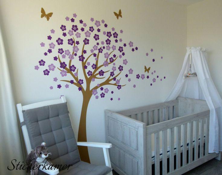 Muursticker bloesemboom kinderkamer licht bruine boom met paars en lila bloesem blaadjes