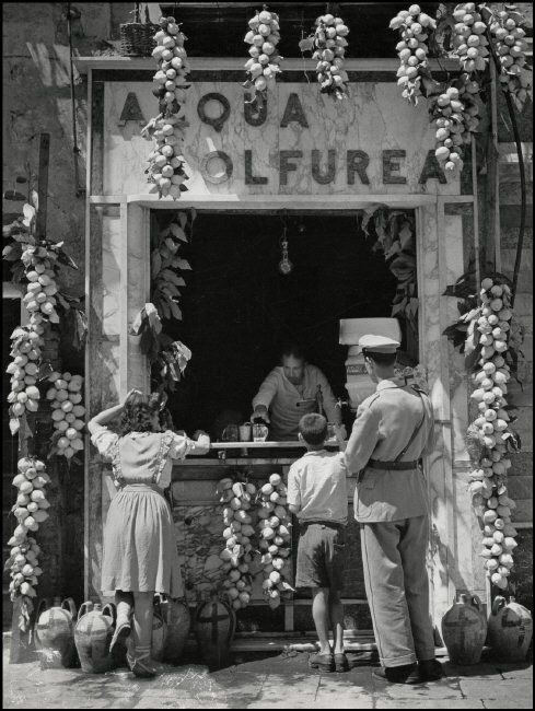 Herbert List ITALY. Naples. Lemonade Seller. 1949.