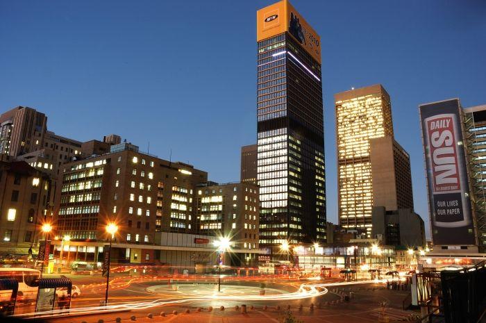 www.gauteng.net-Gandhi_Square_JHB_4-700x466.jpg (700×465)