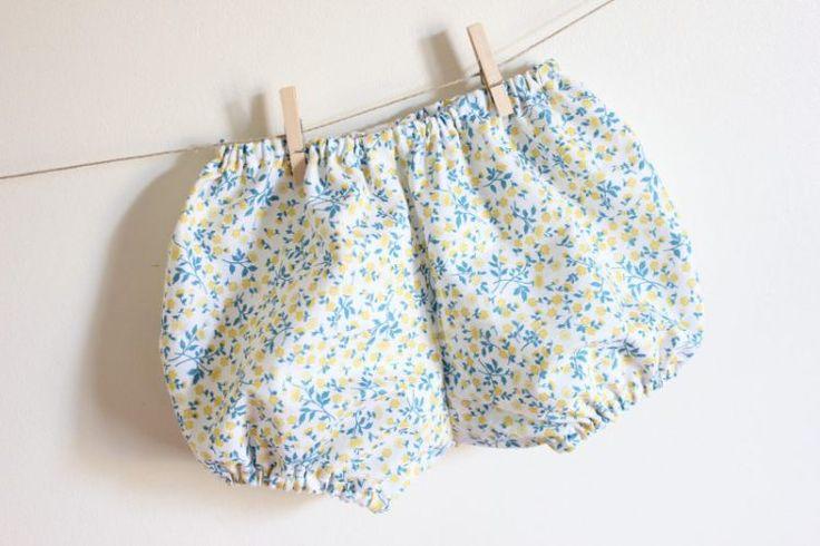Couture bloomer pour bébé - patron gratuit