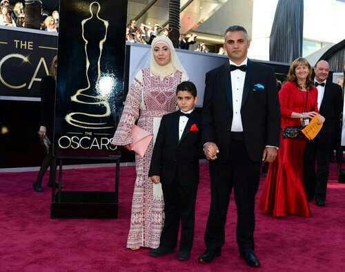 hijabi @ the Oscars  #beautiful!!!!!!!!
