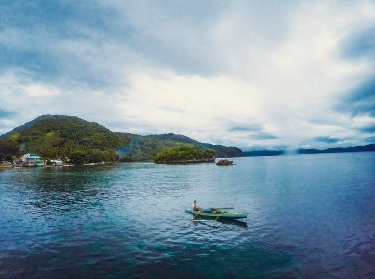 boating. calm water. perfect weather.  #boat #boating #nature #transportation #sakayan #photography #travelphotography #travel #molopolo #leyte #travelleyte #lilonsouthernleyte #gopro #goprophotography #goproadventure