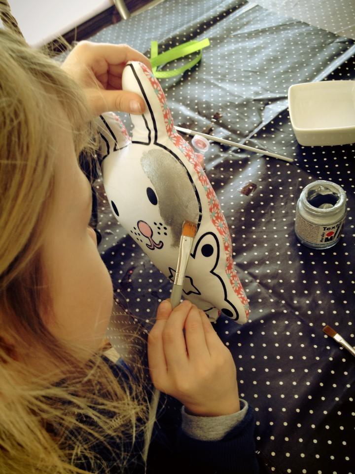 pöm : Doudou Lapin à peindre D.I.Y