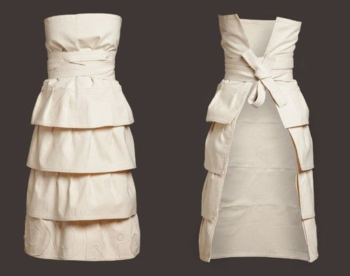 dinner party apron...I would have parties JUST to wear this! Love!