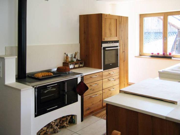 Natürliche Küche aus Altholz-Eiche II: klassische Küche von LIGNUM Schreinere…