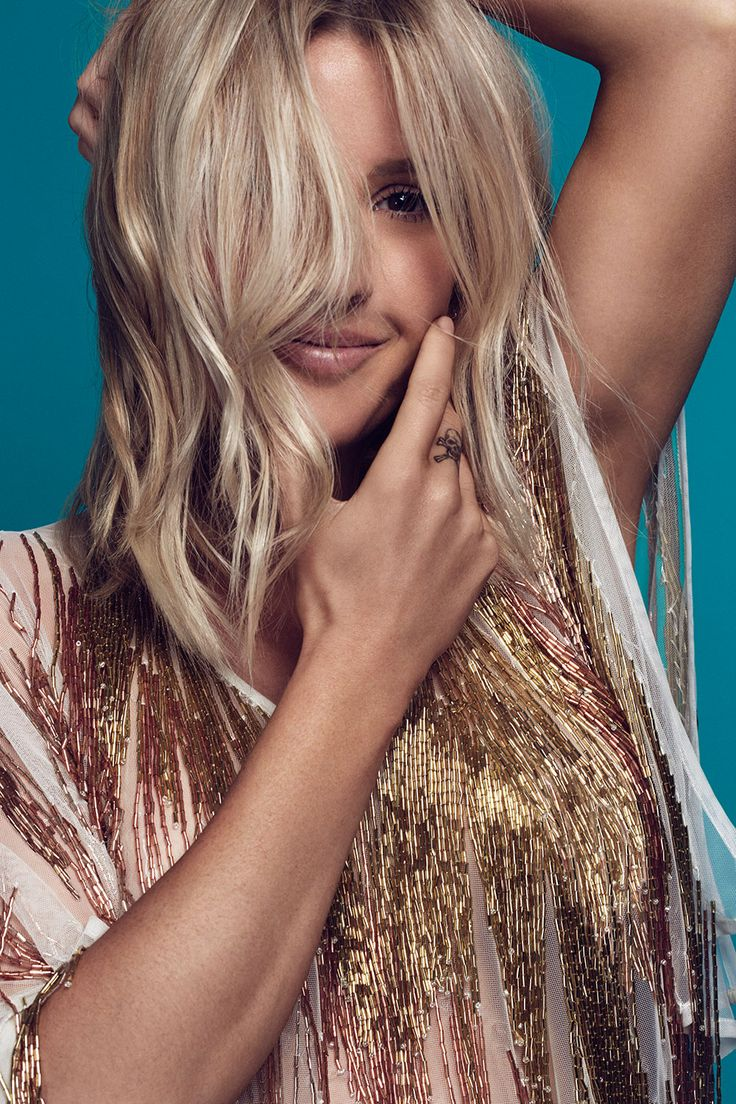 Official website for Ellie Goulding including news, tour dates, music, photos, videos and more.