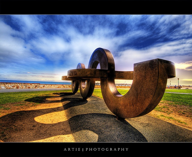 Going Curvy and Crazy :: HDR by Artie | Photography :: Off to Paris & Rome !, via Flickr
