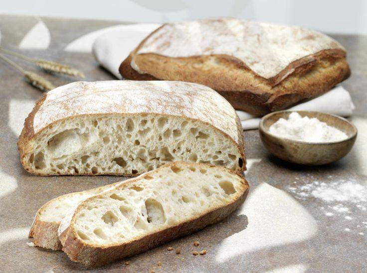 Accompagnez vos repas grâce à notre pain cuit dans nos magasins. #Intermarché #Pain #Cooking #Blé