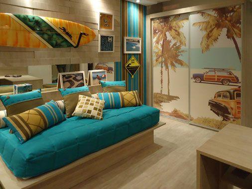 O ambiente foi projetado especialmente para um adolescente carioca que ama o surf.