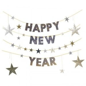 Happy New Year Garland, great for a new years party! #happynewyears #newyearspartyideas #newyeargarland