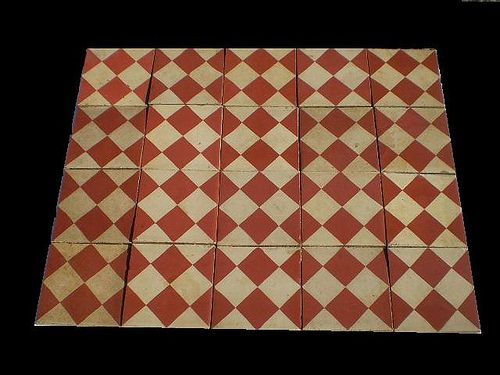 Reclaimed victorian tiles,more info here : www.luxurystyle.es