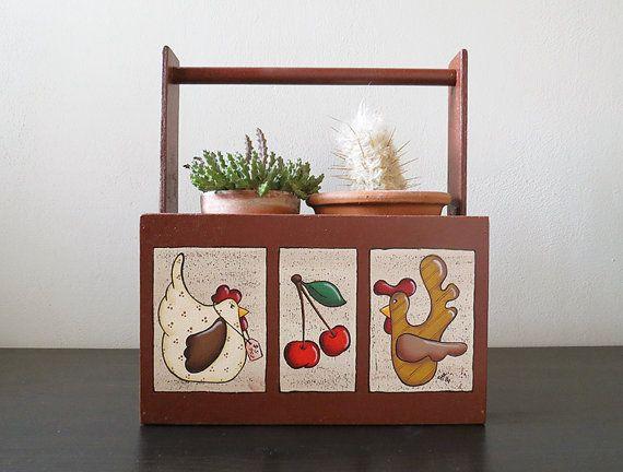 """Cestino in legno dipinto a mano, visita il negozio di """"Crispella"""" su etsy https://www.etsy.com/it/listing/203604523/cestino-in-legno-dipinto-a-mano"""