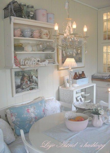 Интерьер в стиле шебби шик в отдельно взятой квартире. Кухня-столовая 26