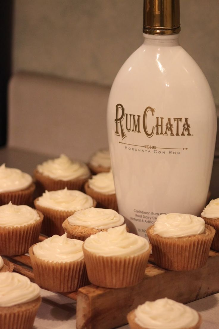 Rebecca's Amazing Creations: RumChata Cupcakes