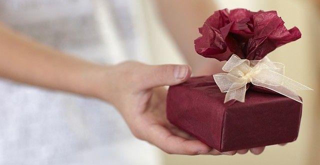 Jakim prezentem możesz urazić jubilata?