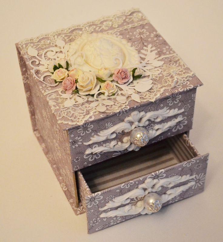 декор коробок своими руками в картинках черного или