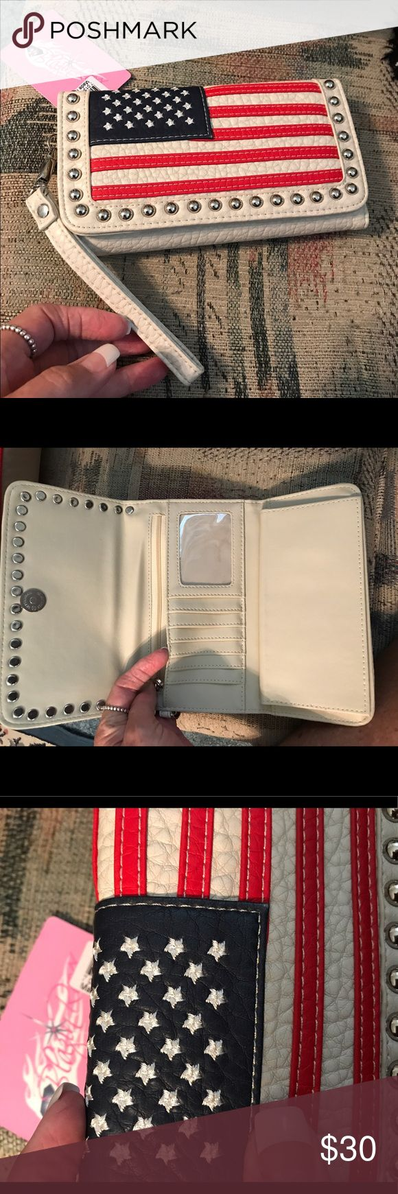 🇺🇸Patriot Wallet🇺🇸 This is a perfect match to my Conceal Carry purse, in my closet. Lots of cc space. Checkbook option ( removable). New. Non smoking home. Excellent condition. Has detachable strap. Very soft. Beautiful!! The stitching of the flags are excellent. Blazin' Roxx Bags Wallets