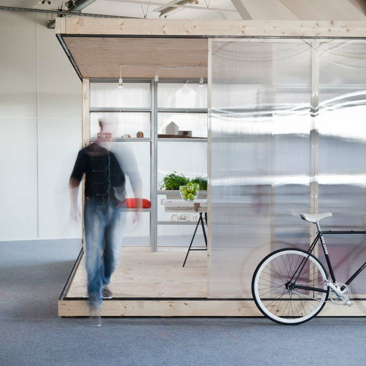A flexible and easy to build office space for the reoccupation of vacant buildings. By Atelier to the Bone.  http://www.spaceshuffler.com/wp-content/uploads/2014/02/MG_5143Definitief.jpg