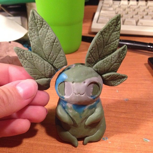 """Making """"sleepyhead's larva"""" prototype. I use super sculpey firm (grey) and two custom mixed polimer clay - soft green and super soft blue for details #casting #culpting #fantasycreature"""